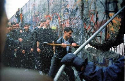 Berlin-wall-being-torn-down